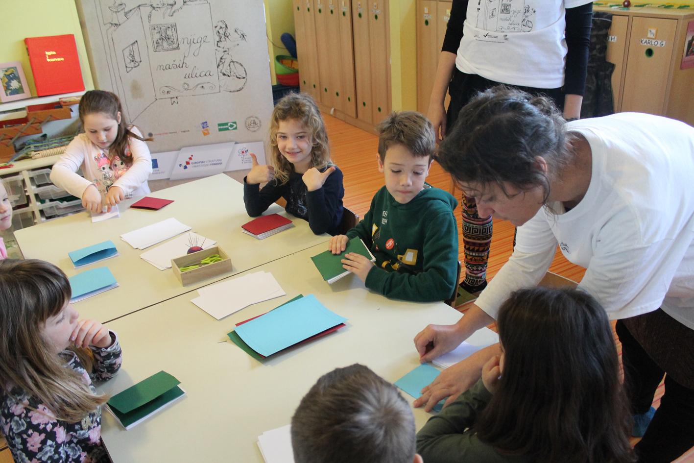 Knjige na dlanu – radionica izrade knjiga za predškolsku djecu
